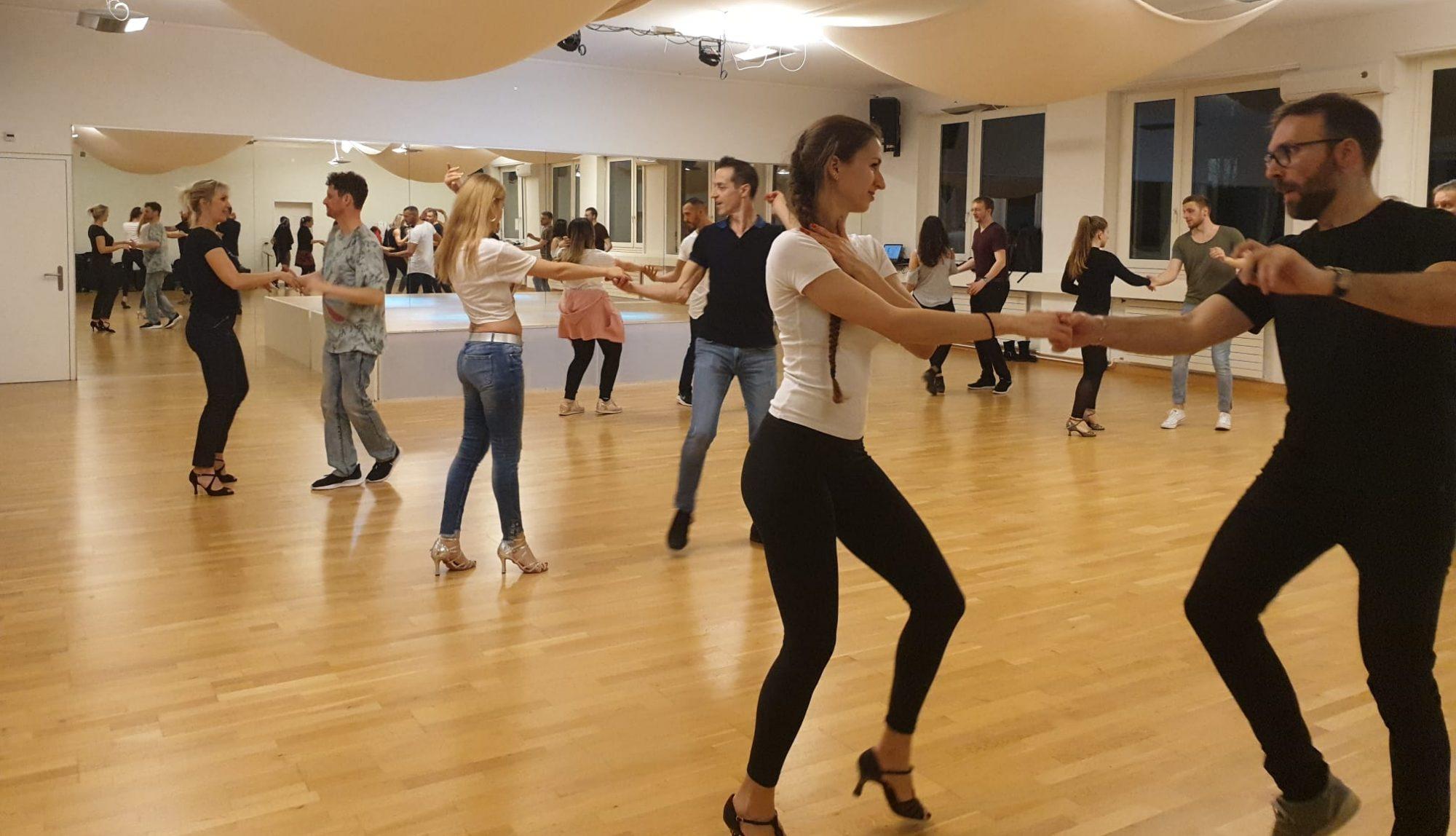 Danzare Tanzschule | Salsa, Bachata, Kizomba Tanzkurse und Zumba Fitness